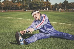 stretching to avoid sports injuries